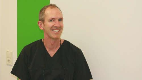 Dr. Oliver Adolphs on biological dentistry.